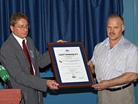 Вручение сертификата TÜV CERT